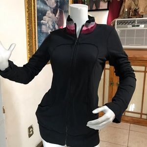 Lululemon Athletic size 4